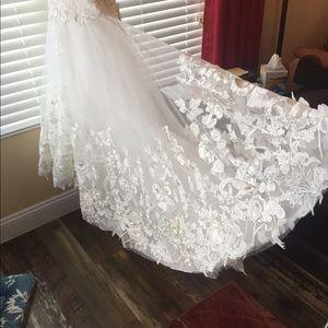Milla Nova Wedding Gown, Style: Betti